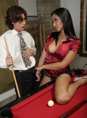 Busty babe Isis Love spreads her legs on the pool table for fucking