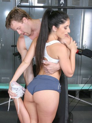 Sporty latina Luscious Lopez got her tight butt plugged with a cock