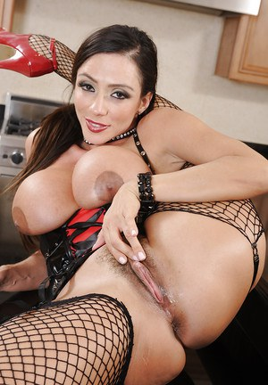 Jaw-dropping sexy latina MILF undressing and teasing her hairy slit