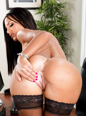 Tanned glamorous Latina Elicia Solis is demonstrating her big boobies