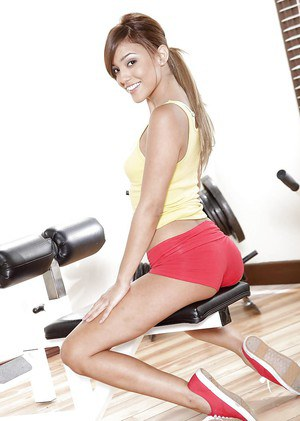 Skinny Melanie Rios is posing naked in the gym and masturbating