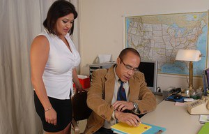Slender Latina Mimi Meet is getting drilled by her new boss!