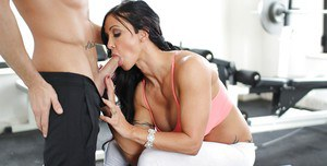 Outstanding mature Jewels Jade is giving head and swallowing