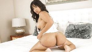 Chic Latina babe Rose Monroe can easily entice anyone with her butt