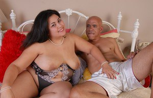 BBW Tyung licks dick and takes messy cumshot on huge fat breasts