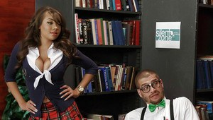 Busty Latina schoolgirl Cassidy Banks giving her teacher head in library